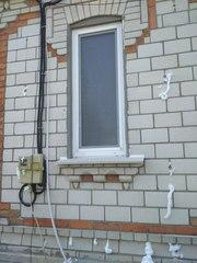 Утепление стен домов екоизолом .пеноизолом.